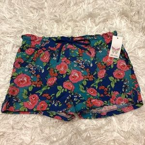 NWT Ella Moss Floral Shorts with Pockets! Size L